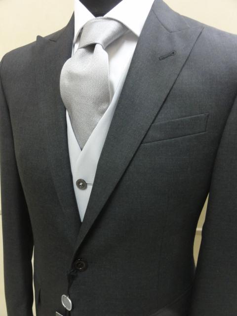 Prezzi abiti corneliani cerimonia